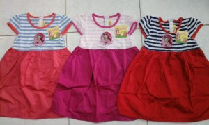 IMG 20150116 124742 300x180 Grosir baju anak disney, strawberry